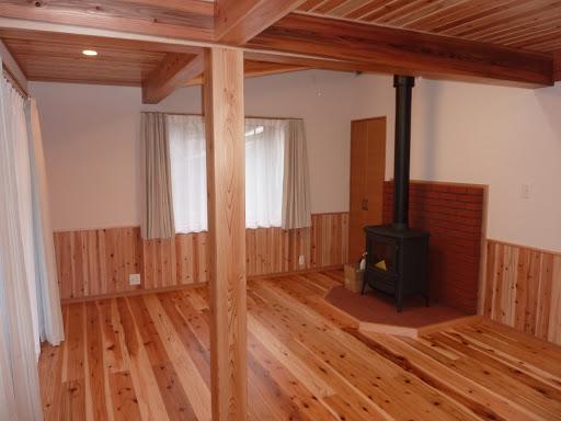 暖炉のある部屋